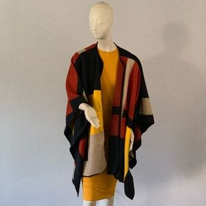 $70‼️Vince Camuto poncho size PM/PL